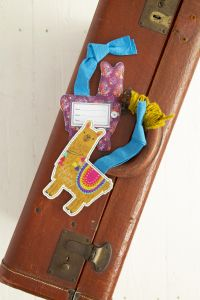 Luggage Tag Llama Llive Happy